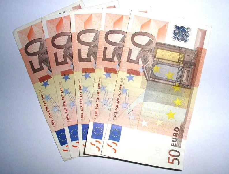 250 Euros In Dollars